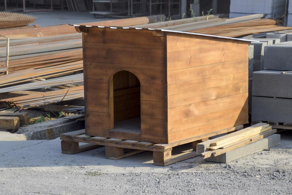 DIY Winter Dog House